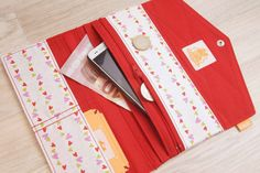 Portefeuille cœurs colorés pour femme, peut servir comme pochette de  voyage, pochette de soirée 9ee0994a850