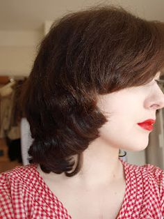 middy vintage haircut, unstyled.