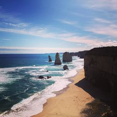 Great Ocean road: day 3 the 12 Apostles #12apostles #limestones #shore #blue #sky #clouds #waves #ocean #oceanlover #calcaire #erosion #nature #force #amazing #tourist #attraction #greatoceanroad #portcampbell #roadtrip #frenchiesinaustralia #australia2016 by brdastrid