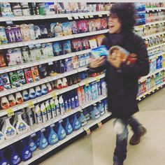 Me at the supermarket <<< Going to the supermarket is apparently a very entertaining activity for LP