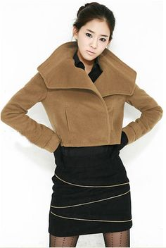 Special Design Short Style Woolen Coat with Big Turn-Down Collar - BuyTrends.com