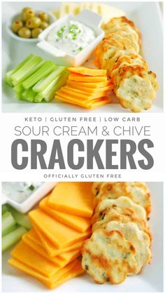 These Deliciously Crunchy Keto Sour Cream and Chive Crackers are Really Easy to Make and Can Be Made In Just Half an Hour. They're Perfect For Your Favorite Dips, Spreads and Toppings! New Recipes, Low Carb Recipes, Cooking Recipes, Healthy Recipes, Free Keto Recipes, Lunch Recipes, Cooking Tips, Keto Crackers Recipe, Cracker Recipe