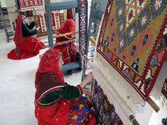 Anadolu'da kadın olmak. Fotoğraf: Afyon - Bayat'taki Kilim Atölyesi'nden
