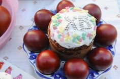 Kuliche and red eggs - symbols of Easter (Pascha).