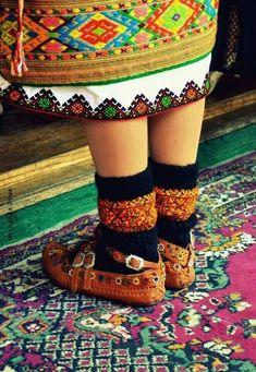 Vyshyvanka Day in Ukraine: ornament of the ages Ukrainian Art, Ukrainian Dress, Costumes Around The World, Beautiful Costumes, Folk Costume, My Heritage, Bulgarian, Traditional Outfits, Ukraine