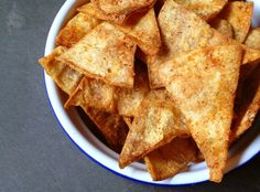 Baked Corn Tortilla Chips Recipe via 12 corn tortillas 2 tablespoons olive oil 1 tablespoon cumin 1 tablespoon smoked paprika 1 teaspoon salt ½ teaspoon pepper Corn Tortilla Chips Recipe, Homemade Tortilla Chips, Homemade Tortillas, Corn Chips, Healthy Tortilla, Chips Food, Baked Corn Tortillas, Appetizer Recipes, Snack Recipes