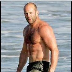 Jason Statham's buzz cut hairstyle compliments his rough and tough movie roles. He looks hot with his buzz cut, wet swim trunk and nothing else. - 2013 Hairstyles for Men with Balding Thinning Hair Style Cuts Trends Bald Men, Hairy Men, Jason Statham Body, Jason Stathum, Bald Hair, Cool Hairstyles For Men, Michelle Rodriguez, Kelly Brook, Ryan Kelly