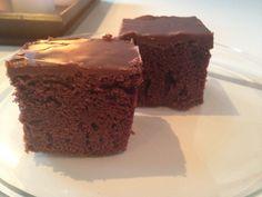 Det var en kar som spurte meg om jeg hadde prøvde meg på Texas sjokoladekake?… Nei, det hadde jeg ikke men nå har jeg prøvd og her er resultatet. Positivt med denne er at den er veldig saftig…