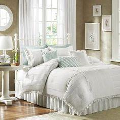 Marlow 7 Piece Comforter Set in White