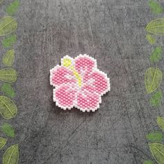 « #ailesetmoi #miyuki #miyukiaddict #tissage #brickstitch #delica #perles #jenfiledesperlesetjassume #hibiscus #fleur #flower »