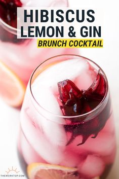 You'll impress your guests with this easy brunch cocktail! Make this alcoholic breakfast drink whenever you host parties. It's an easy to make this brunch drink perfect for a crowd that loves gin cocktails. Get the recipe on www.theworktop.com. || #cocktailrecipes #gin #brunch #alcoholicdrinks