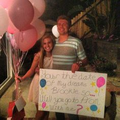 My boyfriend asked me to prom and on each balloon there was a reason why he wanted to go to prom with me and at the end he was waiting for me with a s… - Hairstyles For All Asking To Homecoming, Summer Fest, Prom Proposal, Prom Date, Will You Go, Promposal, Wait For Me, Formal Prom, Balloons