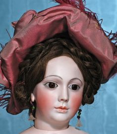 EXCEEDINGLY RARE AND BEAUTIFUL PORTRAIT FACE MODEL FROM : Lot 53