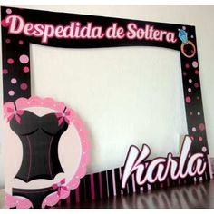 Spanish for Bridal shower, picture frame Party Photo Frame, Party Frame, Photo Frame Prop, Picture Frame, Photo Props, Bachlorette Party, Bachelorette Party Games, Bridal Shower Pictures, Bride Shower