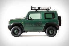 The more we see what can be done with the new Suzuki Jimny, the more frustrating it is that you can't get one here in. Land Rover Defender, New Suzuki Jimny, Corolla Wagon, Mercedes G Wagen, Corolla Hatchback, Classic Bronco, Small Suv, Suzuki Motorcycle, Motors