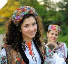 #Ukrainian #embroidery #shirt #beauty #Ukrainian etno #Ukrainian folk #Украинская #вышивка #Вышиванка #Українська #вишивка #Вишиванка Ukrainian beauty, Україночка, Украинка.