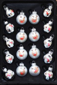One Artsy Mama - Fingerprint Ornaments DIY   http://www.oneartsymama.com/2013/12/fingerprint-ornaments.html