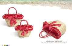 Straw bags with red details | Carpisa Summer 2013 collection.