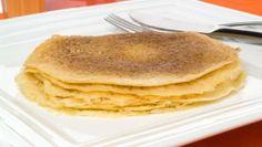 Agregando una cucharadita de azúcar quedan con un toque dulce y para darle un sabor más fránces sustituir el aceite por mantequilla.