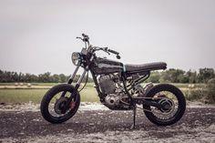Yamaha XT 600 Street Tracker by Luca's Garage and Dildo Society #motorcycles #streettracker #motos | caferacerpasion.com