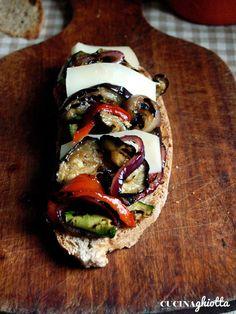 Preparate queste verdure come antipasto su del pane tostato, con dei formaggi semistagionati o come contorno a delle carni bianche. Potete ...