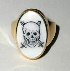 Skull Ring Enamel (oven) gold 18 kt hand made painted by Dogale Jewellery Venice Italia