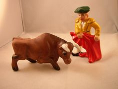 Vintage Salt and Pepper Shakers Bullfighter by aroundtheclock, $12.50