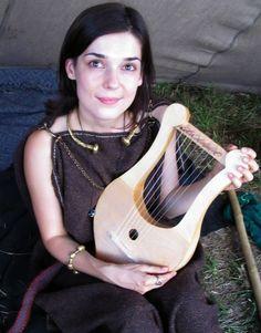 Terra Celtica, Poland. Playing a Lyre