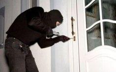 Un Furto in Appartamento Ogni 2 Minuti: Ecco Come Difendersi #ladri #furti #difesa #appartamento #pene
