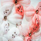 En backstage du défilé Giambattista Valli haute couture | Vogue ss15