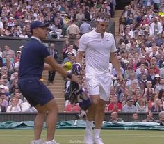 Roger Federer – short break  Video: Wimbledon 2015. Men Singles. Final. Novak Djokovic  vs. Roger Federer. 4th set. ... 29  PHOTOS  ... Novak Djokovic was crowned Wimbledon champion for the third time after beating Roger Federer in a crushing final.  Posted from:    http://softfern.com/NewsDtls.aspx?id=1029&catgry=3    SoftFern News, SoftFern Sport News, SoftFern Health and Beauty News, tennis, SoftFern videos, final, Wimbledon 2015, Grand Slam, Men Singles, Novak Djokovic, Roger Federer…