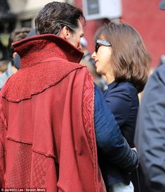Benedict Cumberbatch gets some moral support from wife Sophie on set of Doctor Strange