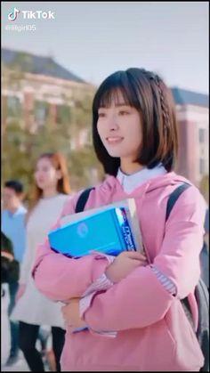 Korean Drama Songs, All Korean Drama, Drama Gif, Drama Funny, Disney Princess Facts, Chines Drama, Cute Couples Kissing, Handsome Korean Actors, Meteor Garden