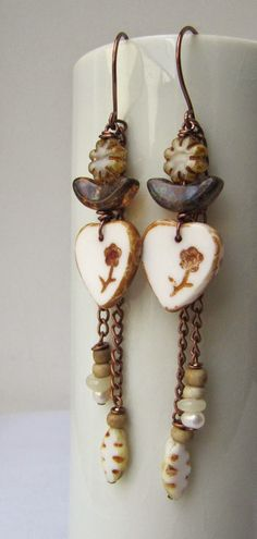 Earrings Everyday: Prairie Rose - this idea utilizes several types of beads I struggle to use.