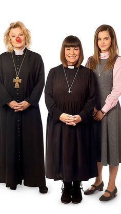 Saunders, French and Watson in one picture and one episode of 'Vicar of Dibley' Red Nose Day Special. British Tv Comedies, British Comedy, Comedy Tv Shows, Comedy Show, English Comedy, Jennifer Saunders, Vicar Of Dibley, Dawn French, Hymen
