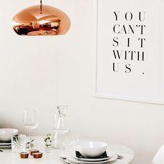 DUKAT FÖR TVÅ  #JohannaMagdalenaDesign #inredning #interior #design #homedetails #details #homedecor #stylinginspo #inspiration #svenskdesign #scandinavian #home #dagensinspo #inredningsdesign #interiör #inredningsdetaljer #inredningstips #instahome #posters #tavlor #affisch #print #grafiskdesign #webbutik #whiteinterior #word #ord #dukning #dinner #table