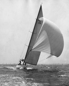 "The ""Seven Seas"", photograph from the Edwin Levick, circa 1935."