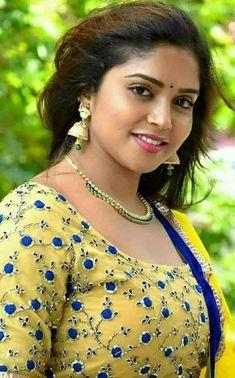 Cute Beauty, My Beauty, Beauty Women, Asian Beauty, Classic Beauty, Beautiful Girl Photo, Beautiful Gorgeous, Gorgeous Women, Beautiful Indian Actress