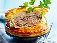 Potato Pie with Minced Meat - Recipes - - No Salt Recipes, Meat Recipes, Cooking Recipes, Healthy Recipes, Potato Recipes, Minced Meat Recipe, Potato Pie, French Food, Quick Meals