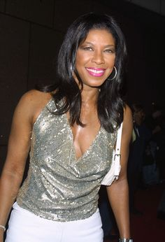 Natalie Cole Soul Singers, Female Singers, Natalie King Cole, Unforgettable Natalie Cole, Famous African Americans, New Jack Swing, Famous Musicals, Lady Sings The Blues, Nat King