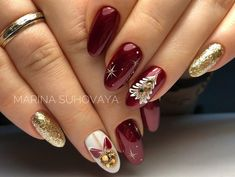 Christmas nails - TOP 25 Amazing inspirations you must see . - Christmas nails – TOP 25 amazing inspirations you Xmas Nail Art, Xmas Nails, New Year's Nails, Holiday Nails, Love Nails, Red Nails, Christmas Nails, Pretty Nails, Hair And Nails