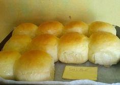 Roti manis sangat lembut(tanpa isi) foto resep utama Roti Bread, Bread Bun, Bread Cake, Soft Bread Recipe, Roti Recipe, Donut Recipes, Snack Recipes, Snacks, Bread Recipes