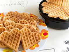 Baking Tips, Baking Recipes, Waffle Recipes, High Tea, Foodies, Sweet Tooth, Bakery, Deserts, Yummy Food