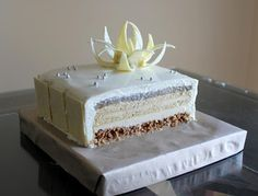 cake by adriano zumbo! major doubts about recreating this, but I will try it before I die! Zumbo's Just Desserts, Vanilla Desserts, Vanilla Recipes, Dessert Cake Recipes, Fancy Desserts, Wedding Desserts, Fudge Recipes, Fancy Cakes, Easter Desserts