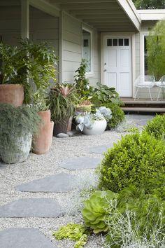 Landscape Designer Visit: At Home with Flora Grubb in Berkeley, CA – Gardenista - front yard landscaping ideas with rocks Gravel Walkway, Gravel Landscaping, Front Yard Landscaping, Landscaping Ideas, Backyard Walkway, Rock Pathway, Landscaping Software, Flagstone Pathway, Bluestone Patio