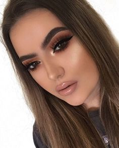 """499 Likes, 18 Comments - Abby Christopher (@abbychristxpher) on Instagram: """"Resting bitch face in full force lol Highlight- #anastasiabeverlyhills so Hollywood All shadows -…"""""""