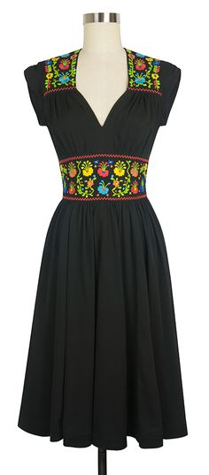 The Trashy Diva Del Rio Dress in now available in Black!!!