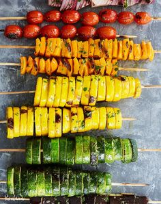 Rainbow Vegetable Skewers 17 Vegetarian Grilling Recipes That Aren't a Frozen Veggie Burger Vegetarian Grilling, Grilling Recipes, Barbecue Recipes, Vegetarian Protein, Weeknight Recipes, Grilling Ideas, Healthy Grilling, Vegetarian Lunch, Barbecue Sauce