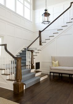a bit elegant but trim and light for foyer? FOYER – exceptional foyer design as traditional, hampton style foyer by alice black interiors. Style At Home, Luxury Interior Design, Interior And Exterior, Entry Stairs, Grand Staircase, Foyer Decorating, Decorating Ideas, Coastal Living Rooms, Staircase Design