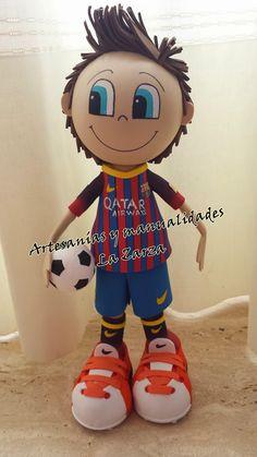 Hola, hola!!!. Os traigo nuevo trabajito.   Se trata de un futbolista del Barça, es Piqué, que no viene con Shakira porque ella está de gir...